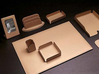 accessiores leder schreibtischunterlage papierablage. Black Bedroom Furniture Sets. Home Design Ideas