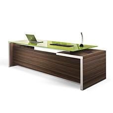 exklusiver Designer Chef Büro Schreibtisch, modern, Glastischplatte in Pistazie und Holzfarbe Eiche dunkel mit Aluminium Tischkanten