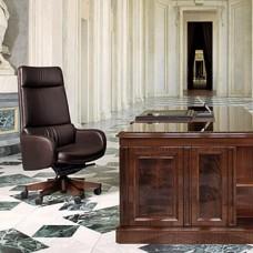 Excellence  exklusiver Bürostuhl durch Meisterhand gefertigt