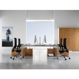 Fly 08 Teamarbeitsplatz Büro, individuelles Design möglich, Wallnuss