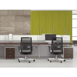 Format 22 Callcenter Einrichtung, Tischreihen, Sichtschutz