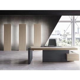 JERA  02  exklusives Chefbüro mit Chefschreibtisch oder als Eckschreibtisch mit Servicecontainer mit Schubladen, moderne Stauraumlösung, Schränke werden indirekt LED beleuchtet, Tischgestell Leder, Holzfarbe Ulme grau