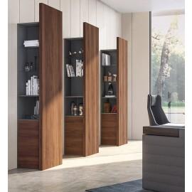 JER  05  Design Büroschrank, Regal für Chefzimmer in Nussbaum mit Glasboden, indirekte Beleuchtung