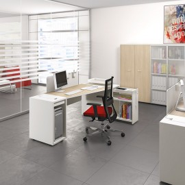 LOGIC 14 kleiner Büro Schreibtisch mit Ablagen und Kabelmanagement, kompakt in weiß, Mitarbeiterbüro