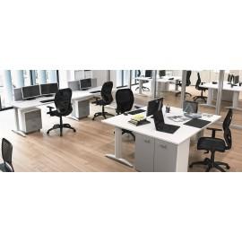 OXI 13 Schreibtisch mit T-Fussgestell und Standcontainer, viel Stauraum am Arbeitsplatz, Sichtschutz