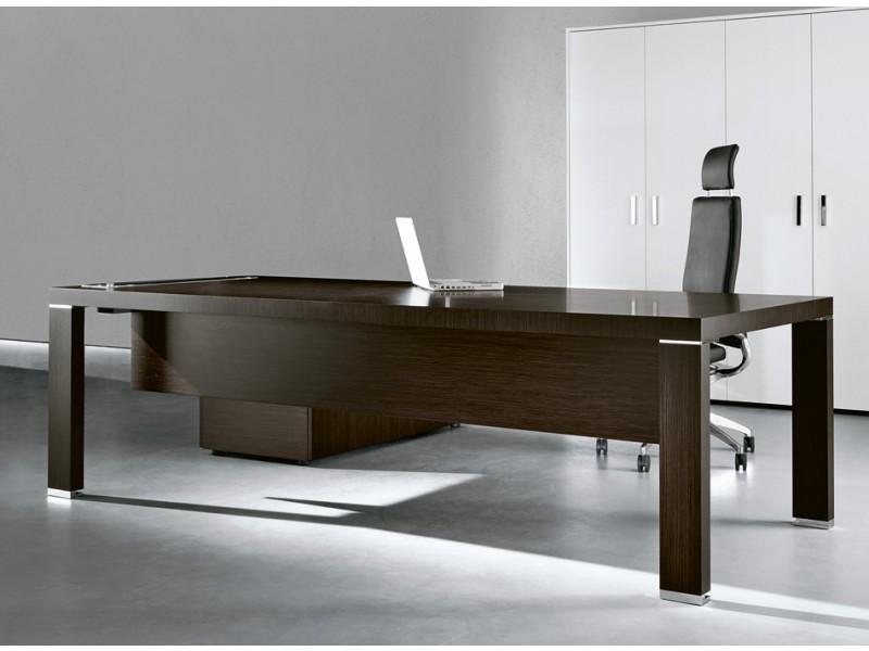 Cubiko design b ro m bel for Schreibtisch chef