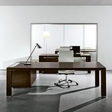 CUBIKO,  Chef-Schreibtisch, geradlinig, schlicht im Design, zeitlos, Wengeholz