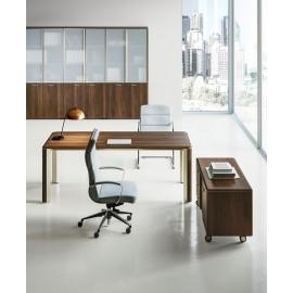 IULIO 04 Winkelchefschreibtisch in hochwertiger Qulität, Design Officein Bali-Walnuss, Aktenschränke und Sideboards im dazu passenden Design