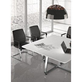 b-3 11 hochwertige Konferenzstühle, Freischwinger