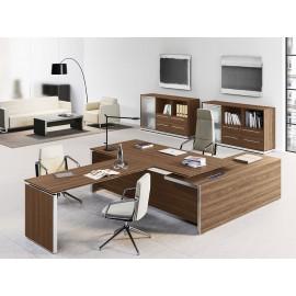 E.O.S 05 - Chefbüro Schreibtisch, Eckschreibtisch mit geschlossenem Tischgestell, Front-Meetinganbau, Ulme