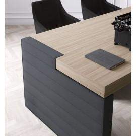 16  Details in Ulme grau und Leder Tischgestell