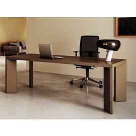 Manatta 05  Chefschreibtisch, exklusives Tischgestell, Fangograu lackiert, Chefzimmer
